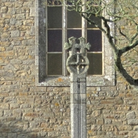 A celtic cross in Guérande | Culinary Holidays France