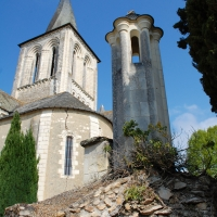 Roman church in Pontigné, with twisted spire | Culinary Holidays France