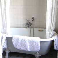 Bathroom Château | French Cooking Courses France