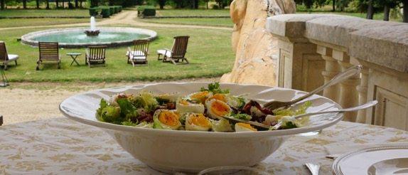 Salade Frisée aux Lardons