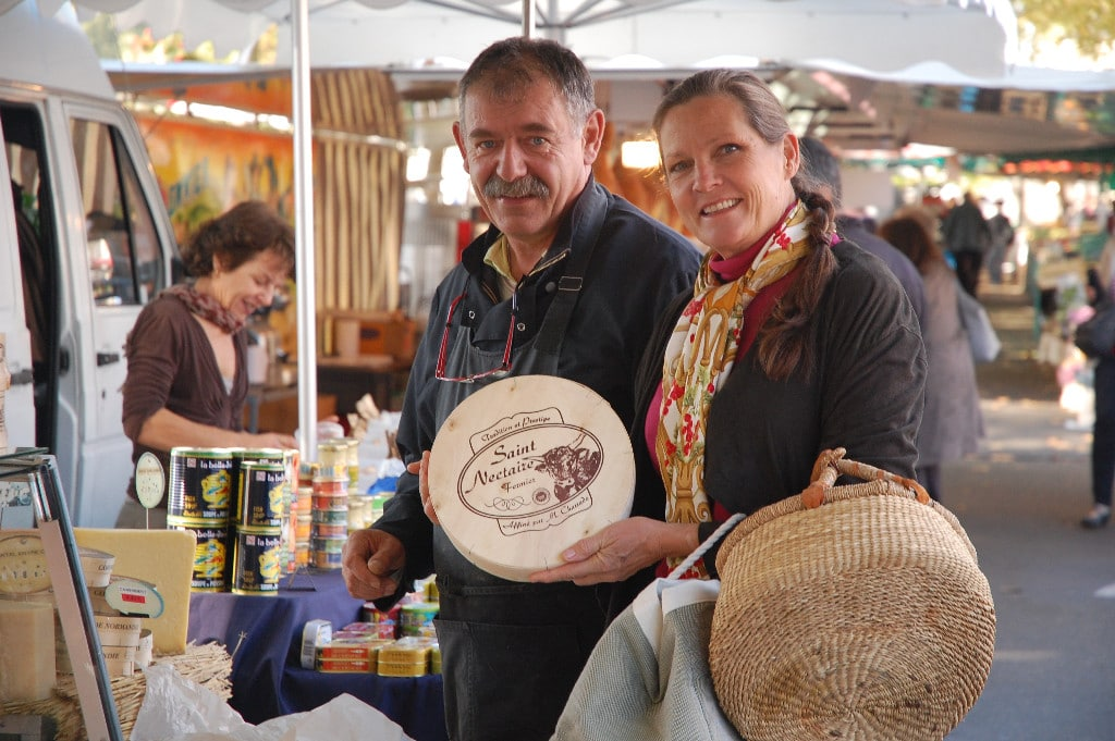 Culinary Holidays in France | Mary at the local food market